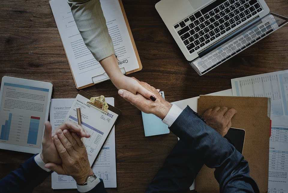 Moyennes entreprises : nouveaux seuils de la loi PACTE